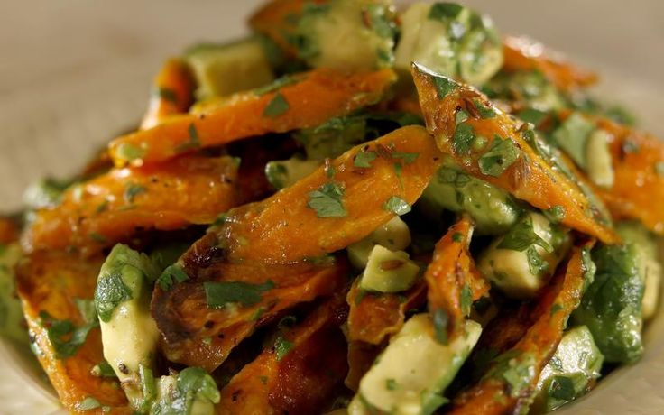 Huckleberry's Roasted Carrots with Avocado by Noelle Carter, latimes #Carrots #Avocado #Healthy