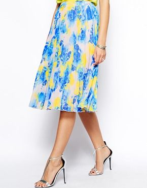 Adorable pleated skirt <3 Asos - Promo code right now