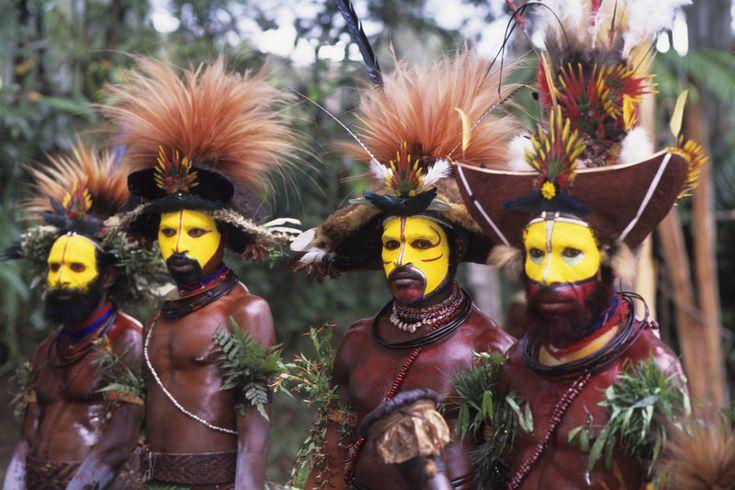 Des Huli de Papouasie Nouvelle-Guinée