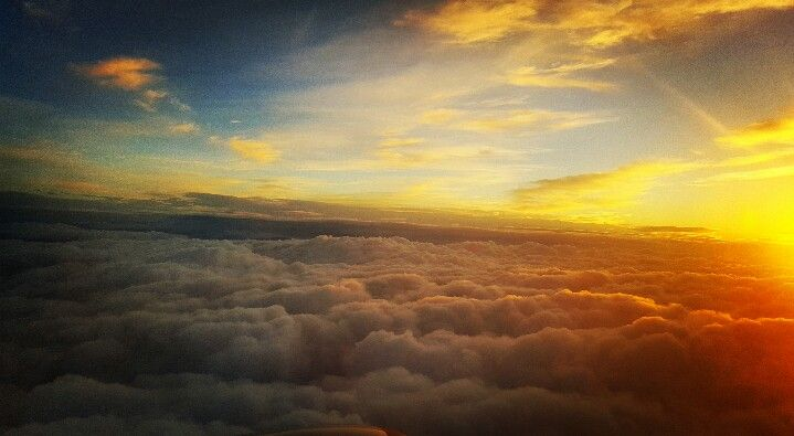 Airplane sky roma