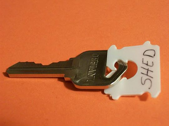 Use bread tags to label loose keys.