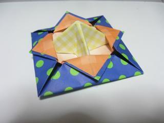**折り紙の簡易こま - おもちゃおじさん