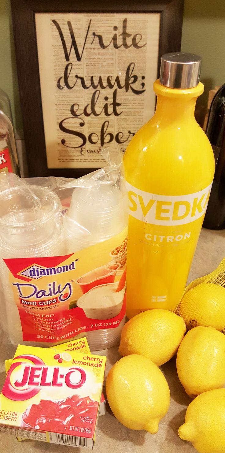 Best jellos shots ever! Cherry Lemonade frollom Almost Her Blog. #jelloshots #cherrylemonade