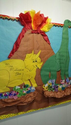 Dinosaur Bulletin Board Bugs Reptiles Dino S Crafts