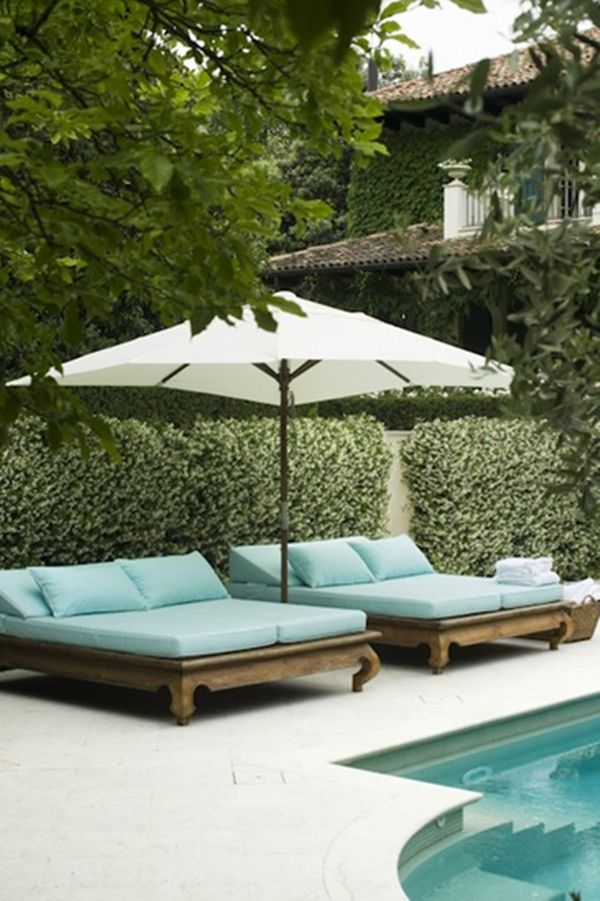 I LOVE these pool side loungers! I'd be happy with just 1!