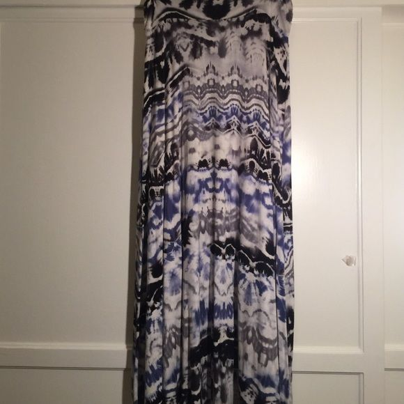 LOWEST- cute Maxi skirt NWOT Very cute maxi skirt this is blue, black, gray, & creme color. Bought it and never wore. My loss is your gain! All reasonable offers accepted. I also offer discounts on bundles. Thank you for stopping by and Happy Poshing Monteau Skirts Maxi