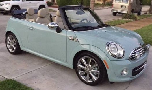 MINI Convertible with special paint – #Cabrio #Mini #with #Special paintwork