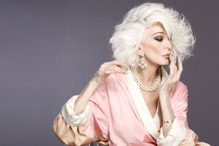 Carmen dell'Orefice , modelling since the fifties.