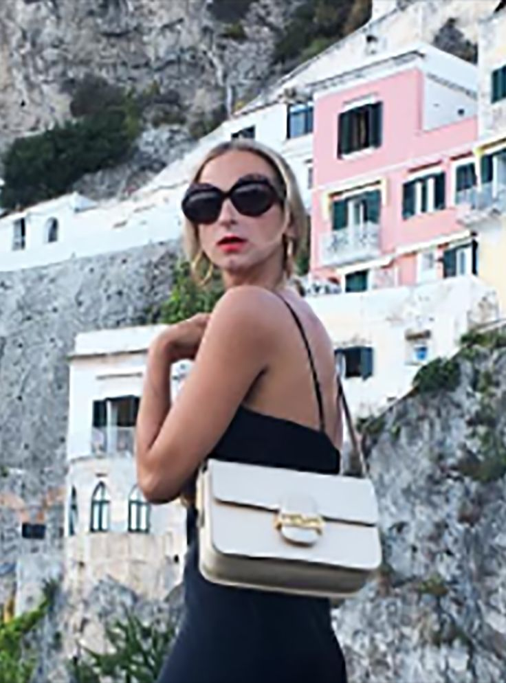 I'm A Travel Pro, & These Are The 10 Hacks I NEVER Leave Home Without+#refinery29