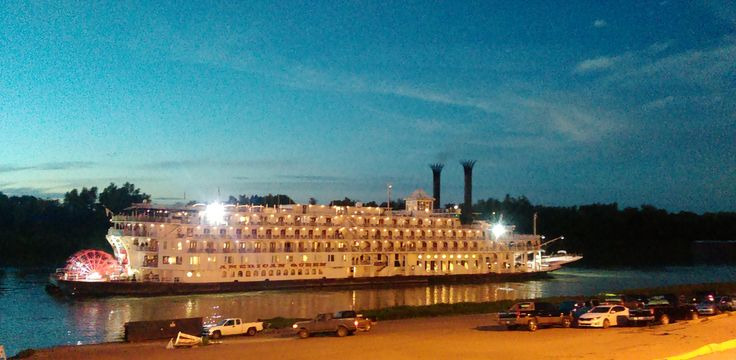 The luxurious American Queen backing out of the Yazoo Diversion Canal at Vicksburg, MS, on November 10, 2015.