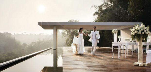 10 Tempat Resepsi Pernikahan Outdoor di Bandung