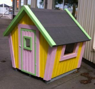 """Måleributiken Uppsala Nu är """"Pippihuset"""" målat å klart. Nu väntar vi bara på att Pippi ska flytta in http://lekfab.se/Emily.html"""
