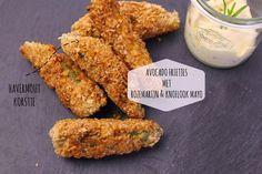 Eatcleanqueen.nl || Foodblog met de lekkerste gezonde recepten van Nederland!: AVOCADO 'FRIETJES' MET HAVERMOUT KORSTJE