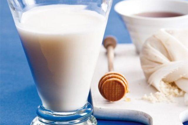 Mandlové mléko | Apetitonline.cz