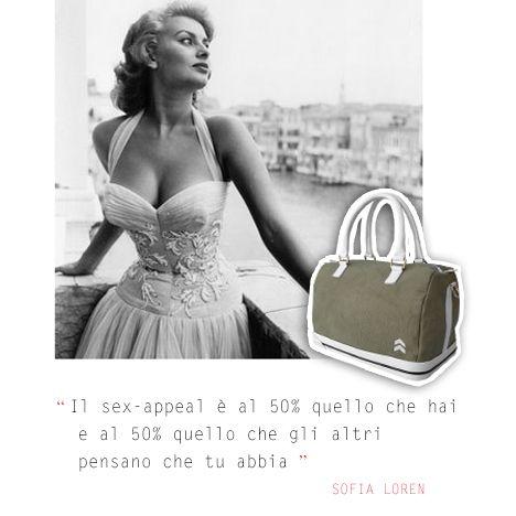 Il sex-appeal è al 50% quello che hai e al 50% quello che gli altri pensano che tu abbia. #sofialoren #aforismi #fashion #style #bags #borse #bauletto #sneakers #sneakbag