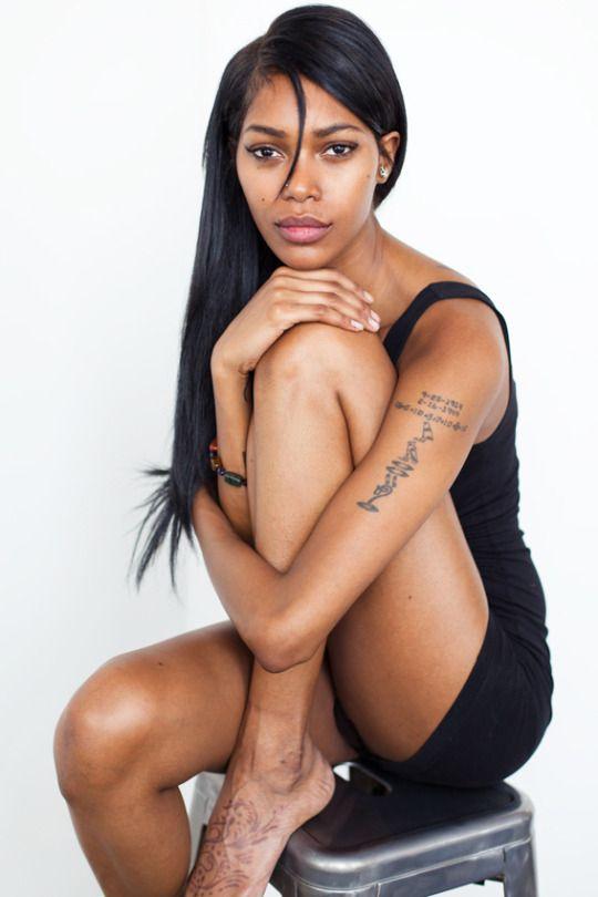 Mercedes Ebony Booty