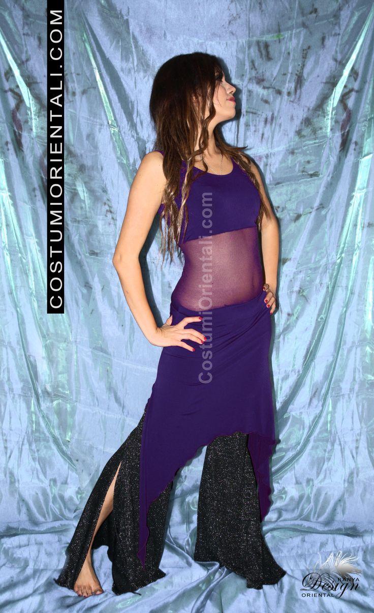 "Ranya's art boutique  Bellydance & Tribal Fusion Design abbigliamento sportivo - ""TRIBAL EASY DRESS"" -  (bellydancer: Illy El)"