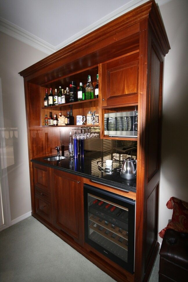 A beautiful timber home bar designed and constructed by John Perini.