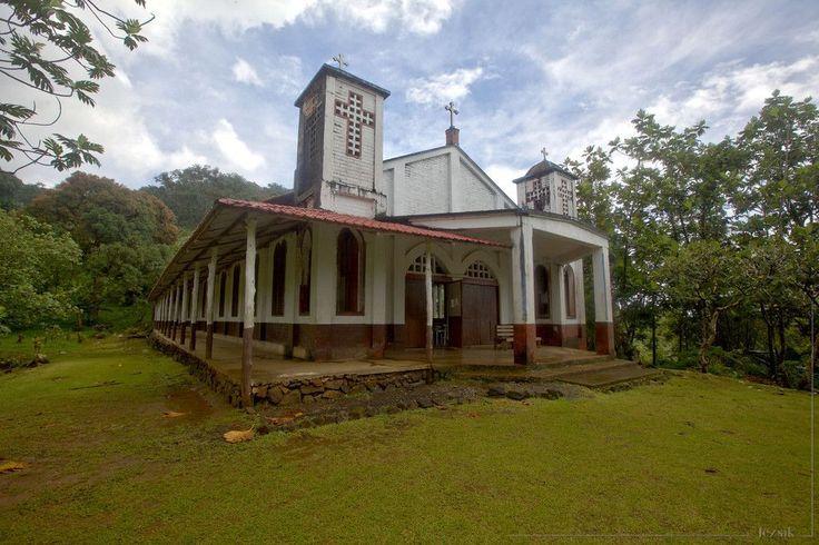Village church on Pohnpei island  - http://earth66.com/village/village-church-pohnpei-island/