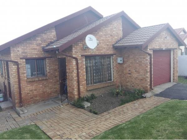 3 Bedroom House in Birchleigh North