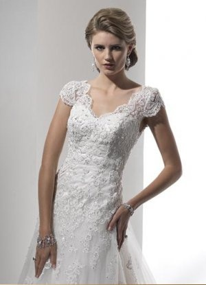 Vintage Short Sleeves Lace Wedding Dress V Neck Lace Bridal Gown