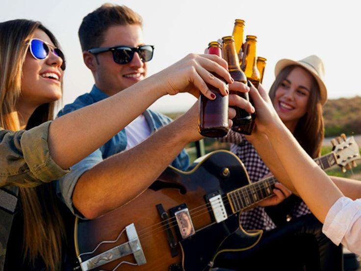 Para celebrar a independência da Bahia e dos Estados Unidos, o Porto da Barra recebe o Independence Daze BrewGrass Festival, que leva música ao vivo e cervejas artesanais ao público