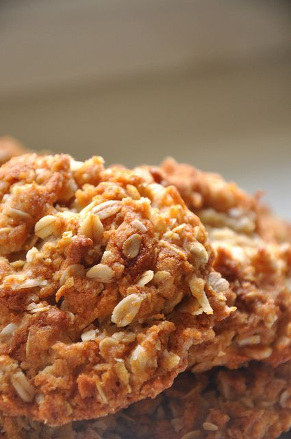 ANZAC Biscuits ~~~  Making these for Avery's class. Christmas Around the World.  Australia!