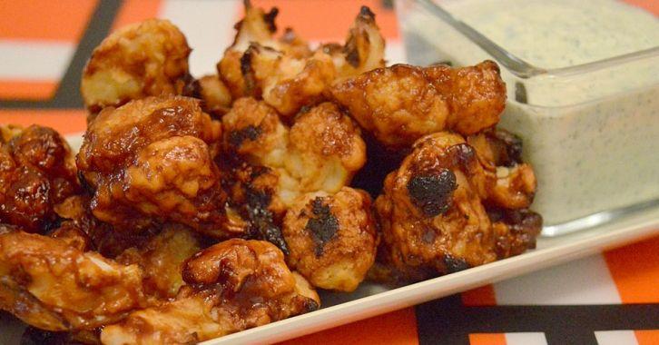 Κουνουπίδι φούρνου με σάλτσα barbeque - Cauliflower with barbeque sauce