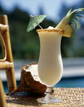 This delicious blend of fresh Hawaiian pineapple juice, rum and coconut cream is one of the most popular drinks in Hawaii.