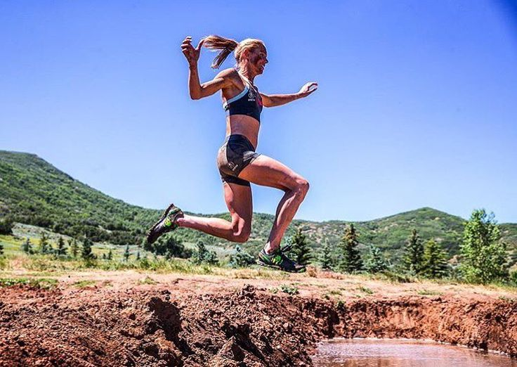 Get your CherryActive @cherryactiveaustralia after your run for optimum recovery and less pain!! Repost @arboone11 Stick the landing (I came nowhere close). #motivationmonday  #swimbikerun #trilife #trilifestyle #motivation #inspiration #wymtm #specialisedbikes #rideyourbike #fromwhereiride #endurance #recovery #nutrition #runhappy #cycling #triathlon #triathlete #triathlontraining #tritraining #ironmantri #IM #imtri #motivation #fitfam #fitness #runnersofinstagram #running #ocr #tbt #run