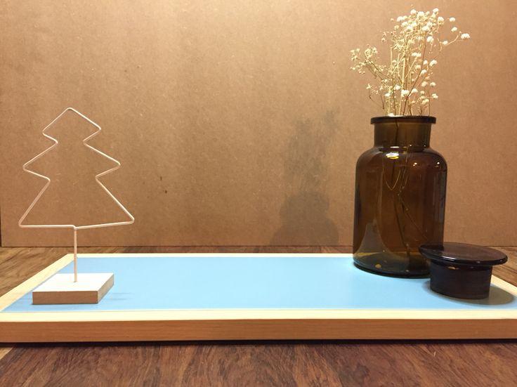 Vassoio espositivo in rovere & ceramica azzurra by @aferri2283 @casafacile