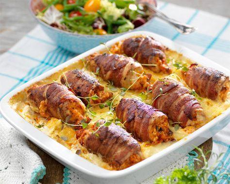 Läckert och gott med kyckling! Här är det bra att använda sig av tunn färdigskivad kycklingfilé. Ett riktigt festrecept!