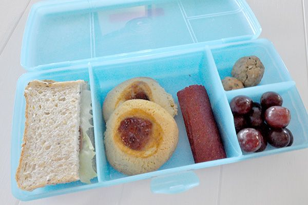 A Guide to choosing the best lunch boxes for kids