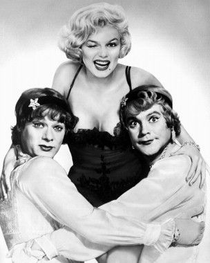 Marilyn Tony Curtis and Jack Lemon. 1959- Some Like it Hot