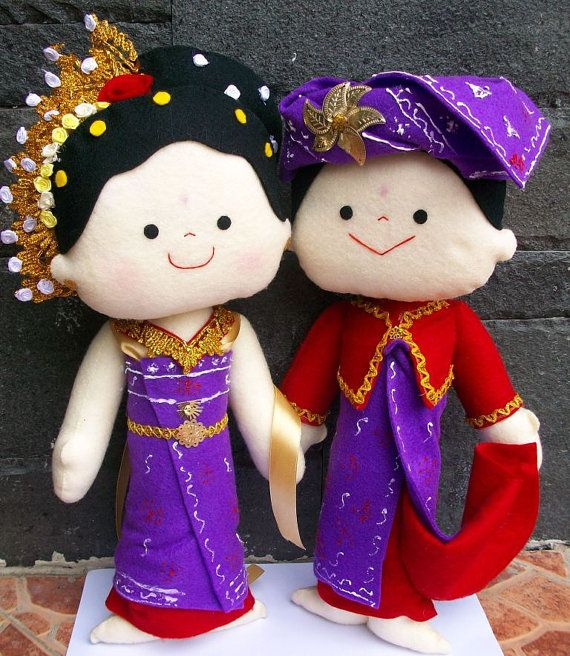 bali's traditional wedding doll