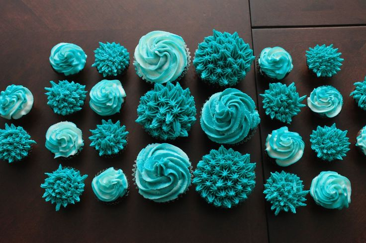 Cupcations✿: Teal Cupcakes