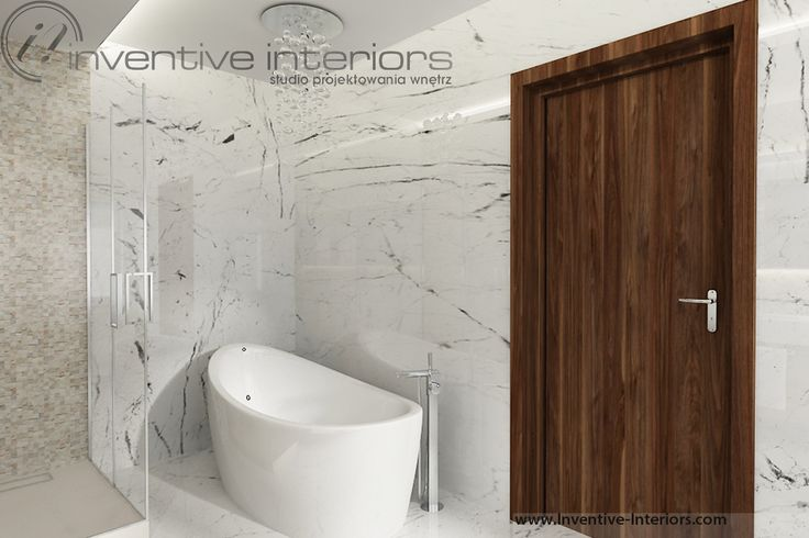 Projekt łazienki Inventive Interiors - wanna wolnostojąca i marmur w łazience