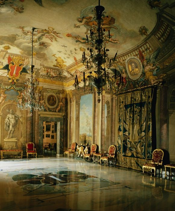 The Palazzo Colonna is home to one of the most storied, aristocratic families in Italy—and their art collection.