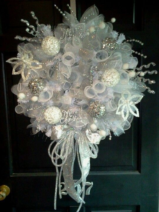 White and Silver Christmas / Winter wreath by Candy and Aimee ~ Blue Moon Creations