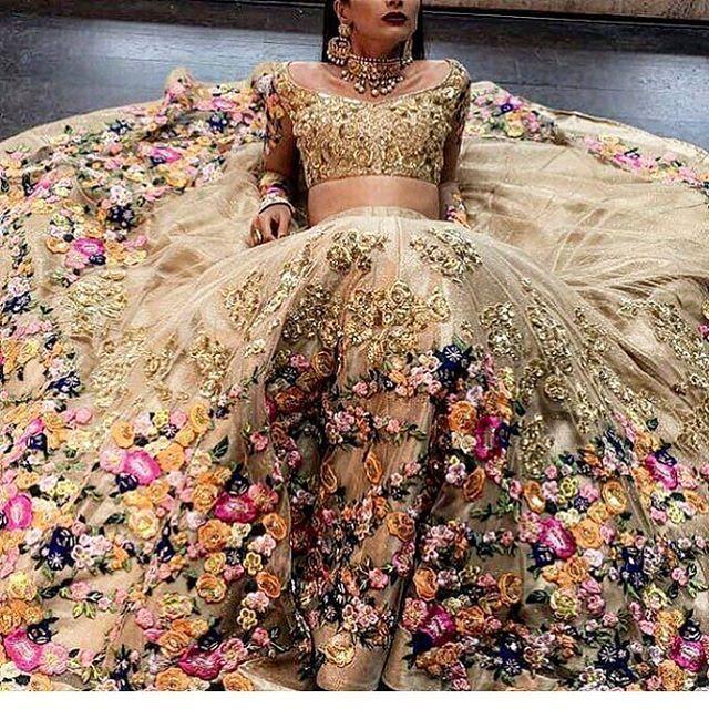 @houseofneetalulla #thepakistanibride - mehndi outfit