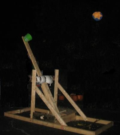 Pumpkin Thrower The pumpkin chunking catapult