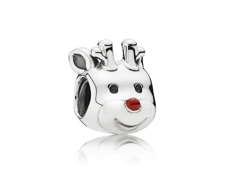 Pandora Bedel 'Rudolph het Rendier' 791781EN39. Nen prachtige massief zilveren bedel in de vorm van Rudolph the Red Nose Rendeer. Het rode neusje van dit vrolijke beest is gemaakt van emaille. Een feestelijk bedel die u aan de Kerst herinnert. https://www.timefortrends.nl/sieraden/pandora/bedels.html
