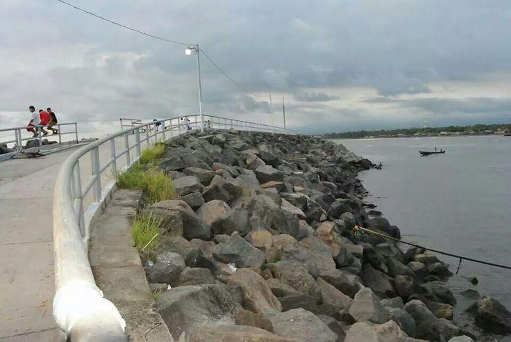 Puerto de Acajutla, Sonsonate. EL SALVADOR