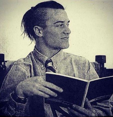 Mike Patton, Viña del Mar, Chile, 1991.   that moment you realize you both have the same haircut.