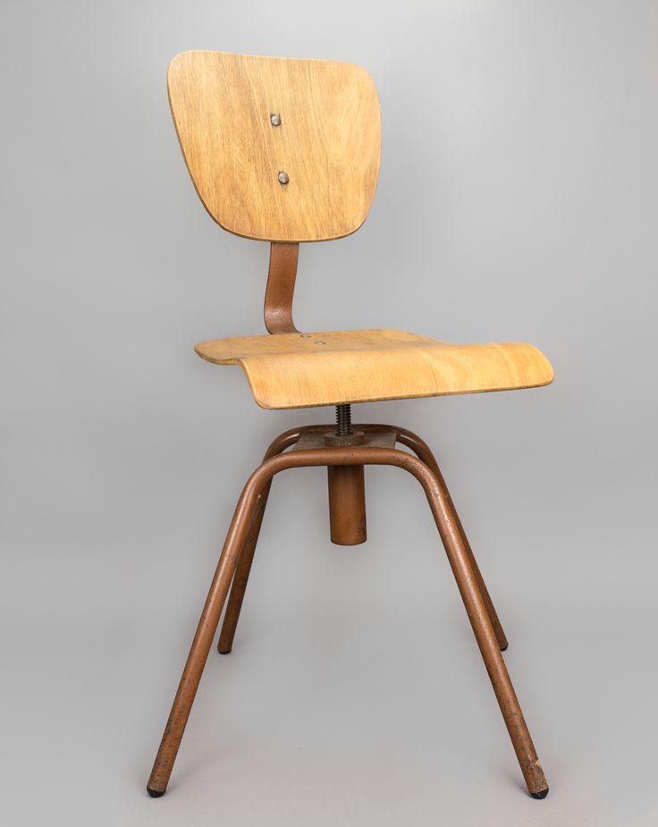 'Red Chair' #blomandblom #lighting #lamps #amsterdam #interiordesign #industrial #interior #design #furniture #clock
