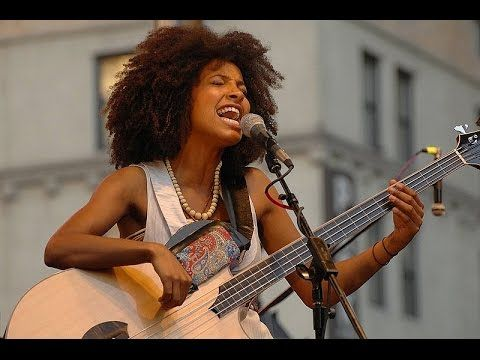 "Esperanza Spalding performs ""Overjoyed"" at the Gershwin Prize for Stevie Wonder - YouTube"