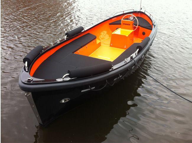 Stormer_lifeboat_75_orangeblack