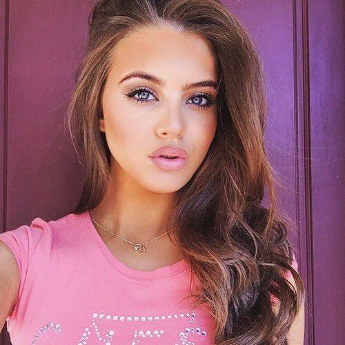 Image via We Heart It #beautiful #brunette #girl #makeup #pink