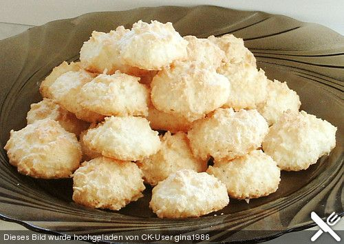Kokosbusserl (in German) a kind of coconut macaroon Christmas cookie.