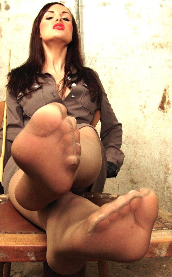 BANGGonzo:Veronica Avluv Face Sitting, Anal Loving Squirting MIlF